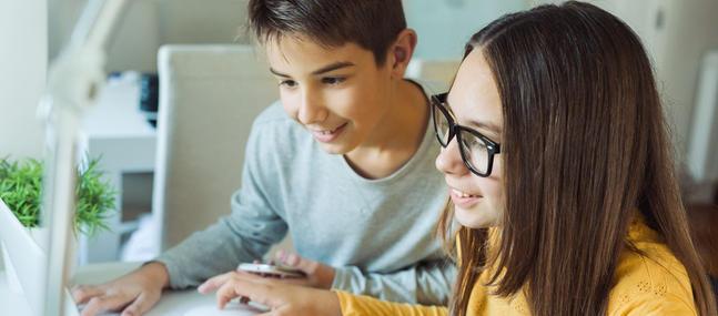 Comment bien surveiller ce que font mes enfants sur Internet ?