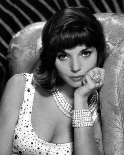 Elsa Martinelli | Italian actress, Italian beauty, Actresses