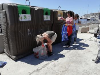 Tri des déchets ramassés