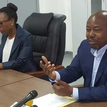 Alain Claude Bilié Bi Nzé et Laetitia Diwékou pour un «Sport des actions»