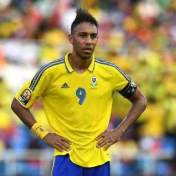Aubameyang pense à la retraite internationale