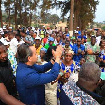 Gabon: Brice Laccruche Alihanga poursuit son itinérance unitaire dans le Haut-Ogooué