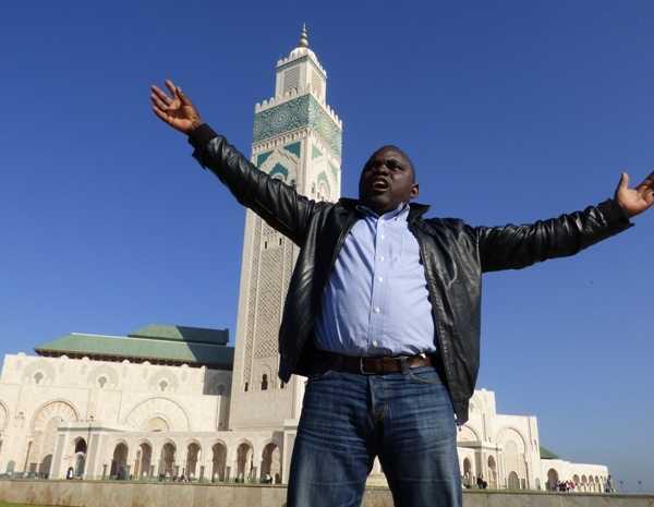PRESSE: LE CORRESPONDANT DE RFI AU GABON SUSPENDU !