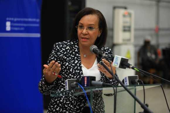 MADELEINE BERRE : « LA RÉGULARISATION DES AGENTS EN PRÉSALAIRE EST UNE PRIORITÉ »