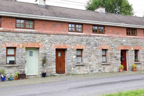 2 Crover Cottages, Mountnugent, Co Cavan