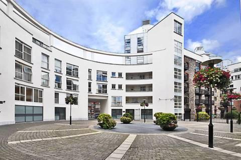Malthouse Square, Smithfield Village, Smithfield, Dublin 7