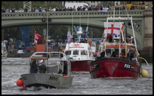 Members of the Leave campaign sail to Westminster ahead of the UK's EU referendum. Photo by Charlie Bibby 15/6/2017