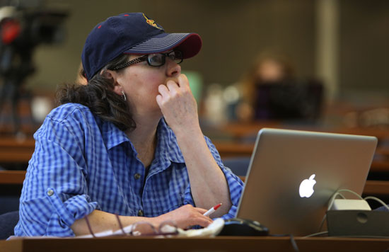 Jo Ellen Corrigan, a researcher and content producer for the Plain Dealer in Cleveland, listens to one of the webinars during TechConnect 2015 at Kent State. Photo by Susan Zake