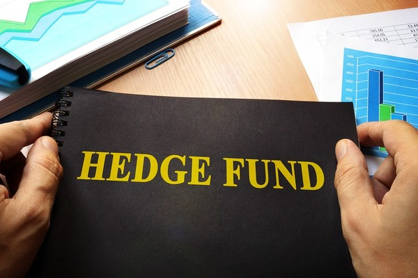 Notebook with the words Hedge Fund.