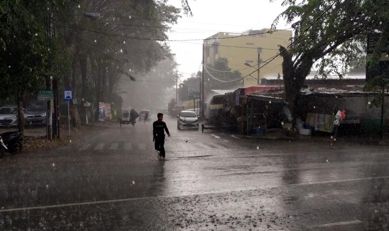 Data BMKG : Wilayah Ini Berpotensi Hujan Lebat hingga 29 Januari