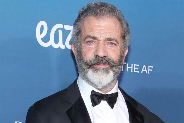 Positif Covid-19, Mel Gibson Diopname