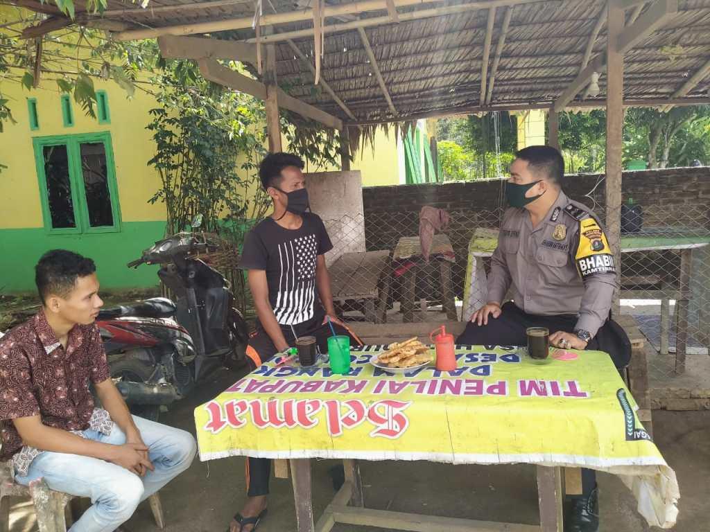 Bhabinkamtibmas Sosialisasikan AKB di Huta Durian
