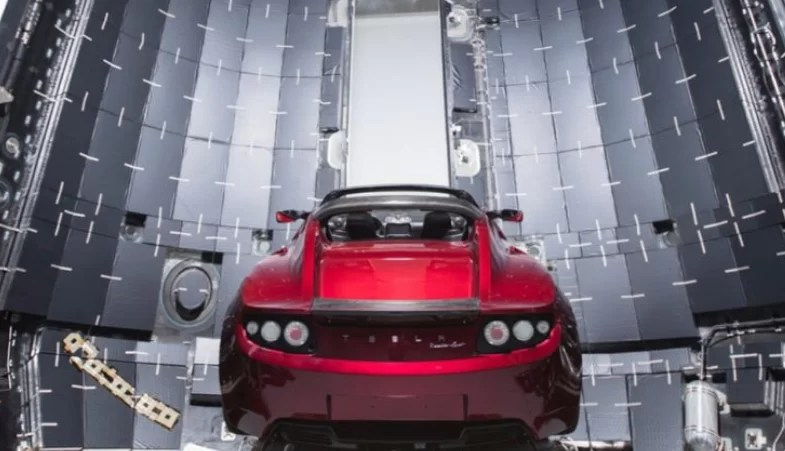 New Tesla sports car will take you to mars