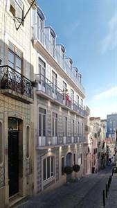 Two Bedroom Apartments in Central Lisbon