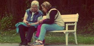 Social Media, Old people