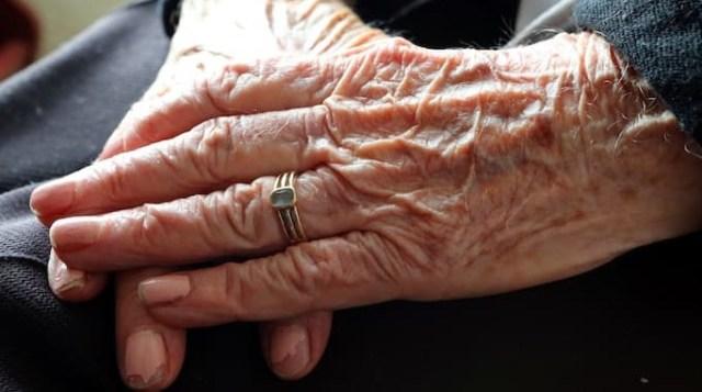 polovina-pacientov-stradayushhikh-boleznyu-alcgejjmera-v-vozraste-90-let-shiroko-ispolzuyut-psikhotropnye-preparaty
