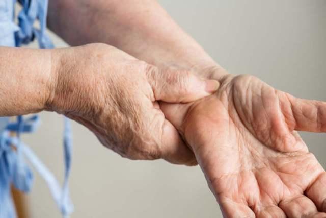Первая помощь при тахикардии: как быстро снять приступ