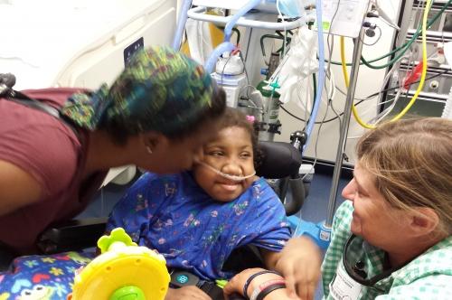 Jasmin kisses Ny with Sherrie