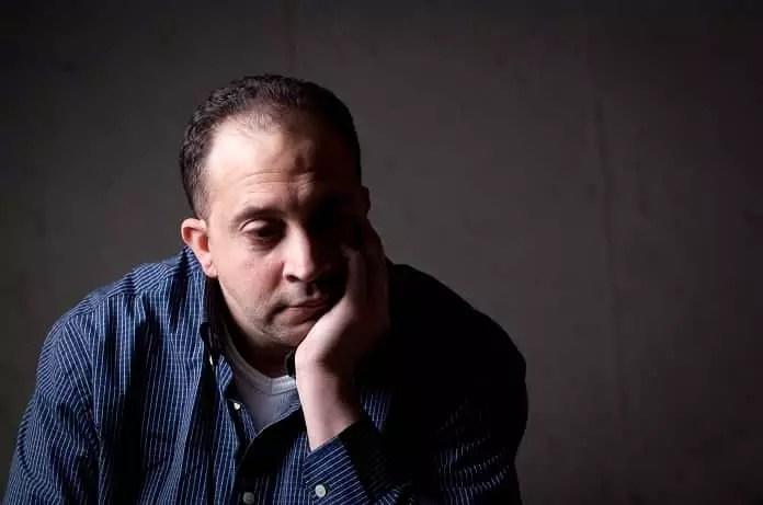 Man showing depressive symptoms