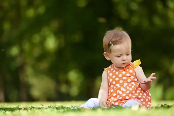 autism symptoms in babies