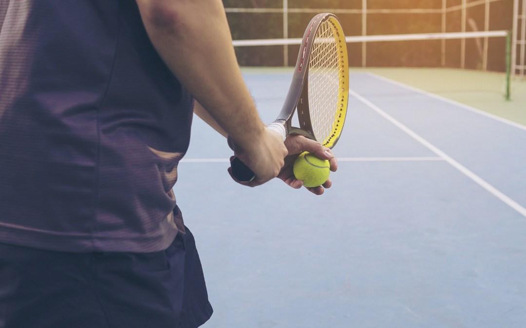 Qué es y cómo tratar el codo de tenista