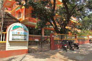 El-Dourado guest house 50 meters away from St.Anthony's Hospital, Anjuna, Goa