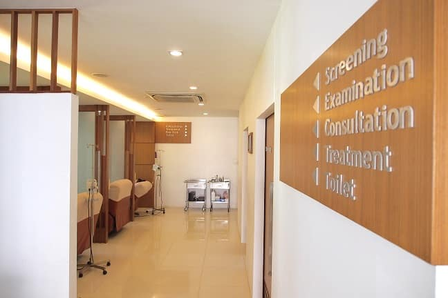 Way to consultation and treatments rooms at Absolute Health, Chiang Mai