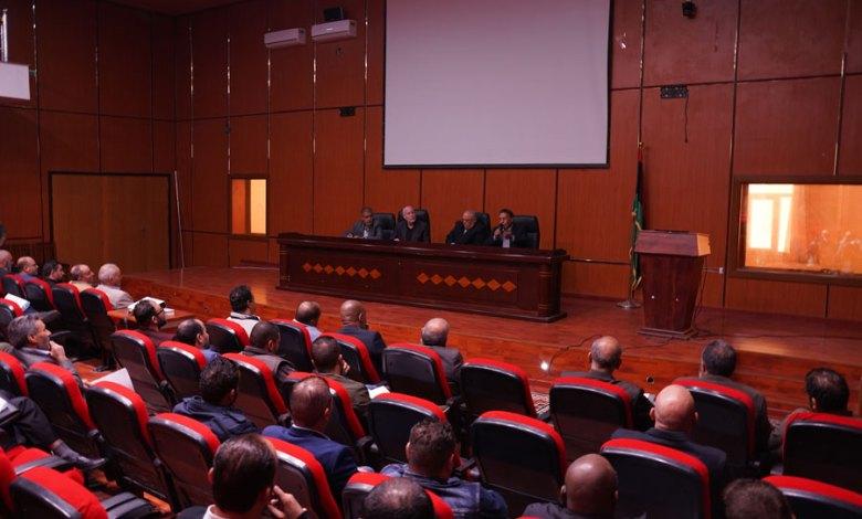 Photo of محاضرة بيئية حول الأضرار الصحية والبيئية للمخلفات الطبية بمسرح مدينة الزاوية – ليبيا