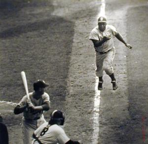 Robinson stealing home in the 1955 World Series
