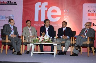 (L-R) Joshua Mensch - Marketing Director, Data3S; Girdhar Balwani - MD (fmr), Invida India; Shrihari Shidhaye - Director Sales and Marketing, Abbott Healthcare; Narayan Gad - CEO, Panacea Biotec