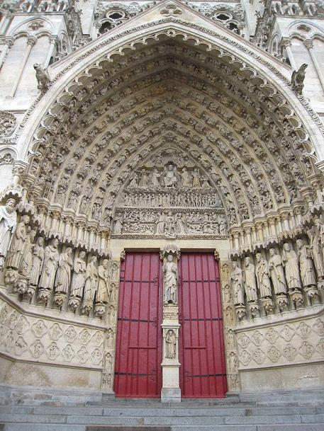 FRANCE SOMME AMIENS CATHEDRALE NOTRE DAME