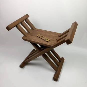 Medieval folding chair