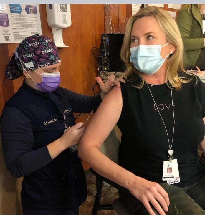 Dr Julie Grimes #vaccinechallenge