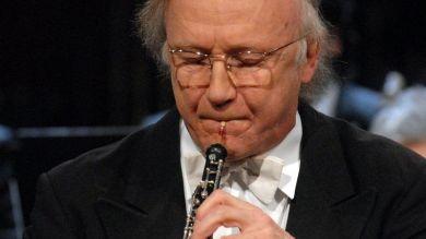 Oboísta reconocido Heinz Holliger