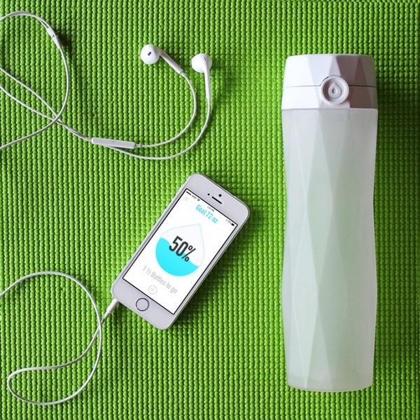 HidrataMe, una botella inteligente que te ayuda a hidratarte f