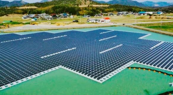 Kyocera construye la planta solar flotante más grande del mundo