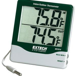 401014 es un termómetro de dígitos grandes que muestra simultáneamente la temperatura interior y exterior.
