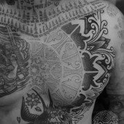 Alvaro Flores Borneo Ornament Dotwork Chest Tattoo Thomas Hooper Rock of Ages_-5