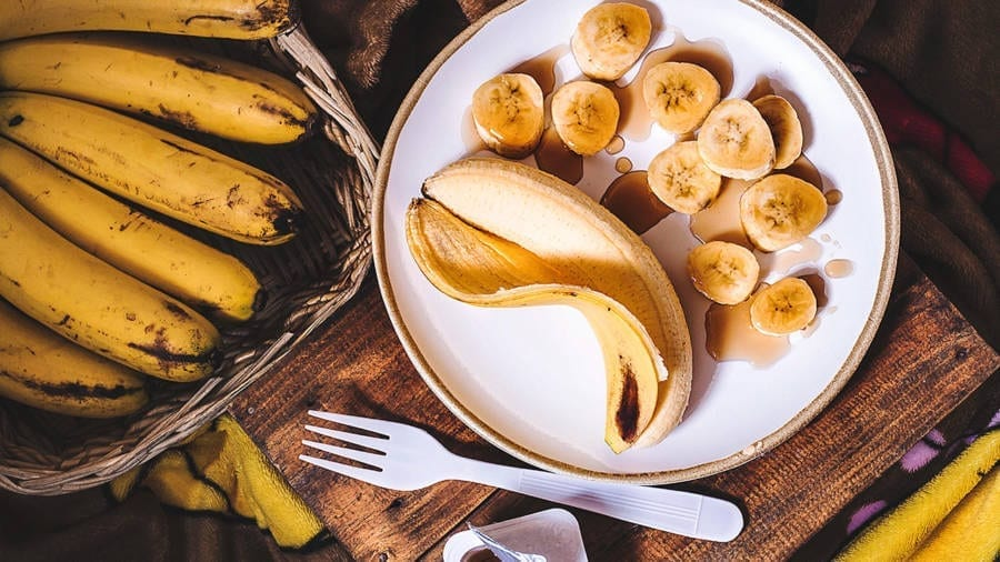 10 Benefits of Eating Banana