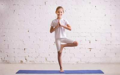Easy Yoga Asanas to De-stress for beginners