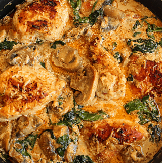 Keto/Low Carb Creamy Spinach and Mushrooms Chicken