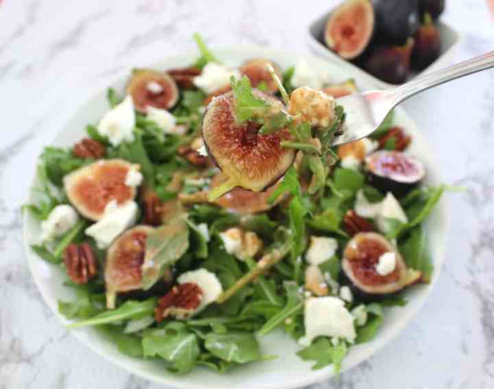 Fig, Goat Cheese & Pecan Salad with Fig/Balsamic Dressing