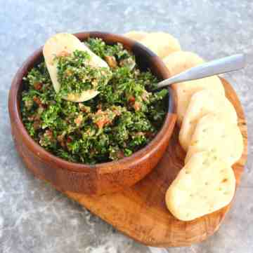 Tabouli (tabbouleh) salad served with mini pita breads
