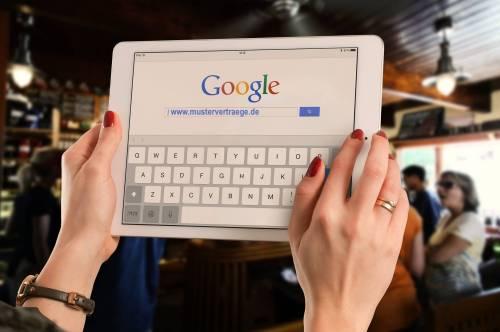Augen auf beim Vertragskauf – LG Köln verbietet Musterverträge aus dem Internet