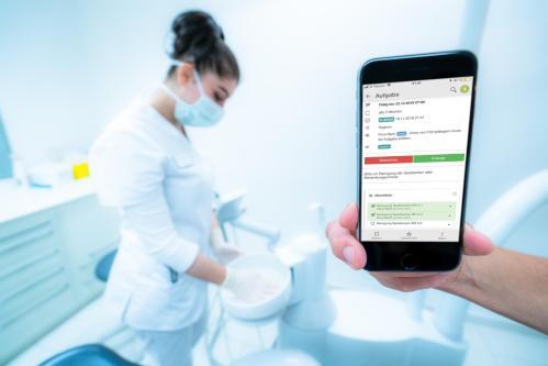 Digitale Kommunikation in Zahnarztpraxen (aber bitte rechtskonform)