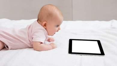 Photo of Preporuka pedijatrijskog društva: Djecu do 2. godine ne izlagati ekranima