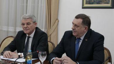 Photo of (VIDEO) Dodik odbio stati uz Džaferovića prilikom fotografiranja s predsjednikom Europskog parlamenta