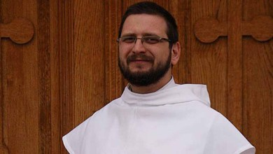 Photo of P. Marko Glogović: Dva tjedna sam bezuspješno uvjeravao majku da ne pobaci, Bogu je trebalo dvije minute!