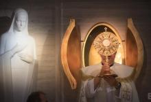 Photo of Od Jehovinog svjedoka do svećenika- čudesan put obraćenja