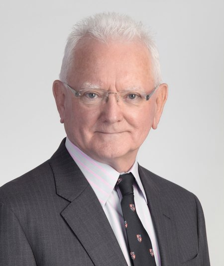 Bio: Dr. Roger Hodkinson - MedMalDoctors